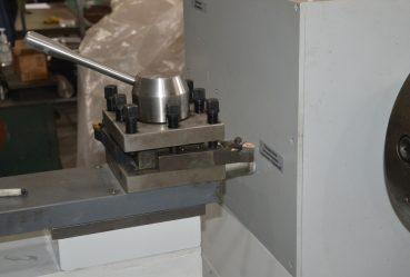 Регулировочная ручка станка для ремонта роторов